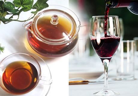 ソフトドリンク・スイーツのご提供のティータイムサービス、アルコールとフィンガーフードをご提供のイブニングサービス